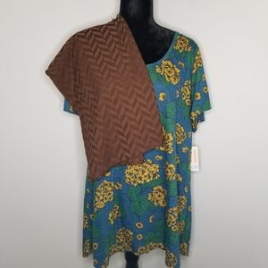 Lularoe Classic T & Cassie Skirt Outfit - Size 3XL